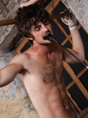 http://galleries.boynapped.com/tg/111007_bn_spanking_sean/images/thumb_09.jpg